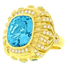 Shop diamond and sapphire fashion rings and other antique and vintage rings from the world's best jewelry dealers. Diamonds And Gold, Gold Diamond Rings, Gold Rings For Sale, Fashion Rings, Fashion Jewelry, Vintage Style Rings, Blue Rings, Fine Jewelry, Jewelry Rings