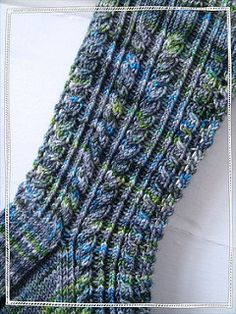 Thank God it& Socks Day - free knitting pattern in 4 parts on Ravelr . - Thank God it& Socks Day – free knitting pattern in 4 parts on Ravelry at … - Knitting Stitches, Knitting Socks, Knitting Patterns Free, Free Knitting, Free Pattern, Free Sewing, Crochet Socks, Knitted Slippers, Knit Or Crochet