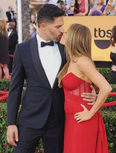 Pin for Later: Love Is in the Air: Cute Celebrities Kissing and Hugging Sofia Vergara and Joe Manganiello Joe Manganiello, Cute Celebrity Couples, Celebrity Weddings, Cute Couples, Cute Celebrities, Celebs, Sofia Vergara Hot, Love Is In The Air, Latest Celebrity News