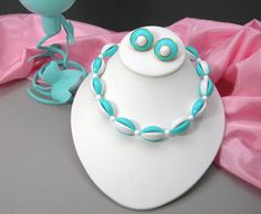 Crown Trifari Teal & White Choker Necklace by AtticDustAntiques