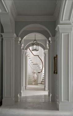 Wonderful staircase! Fnd more #luxury inspiration via @BainUltra.