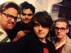 Gerard Way, Mikey Way | Twitter 2013