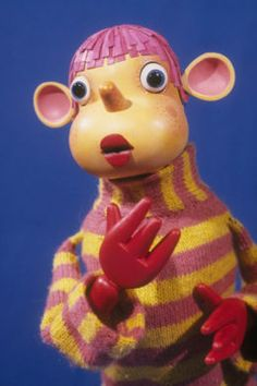 Depressing sunday mornings, nothing else to watch. Dirty little Pob spitting all over the screen 80s Kids Shows, 90s Kids, Retro Kids, Vintage Kids, 90s Childhood, Childhood Memories, Iconic 80s Movies, Cartoon Tv Shows, The Good Old Days
