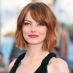 Short Bob Haircuts For Thin Fine Hair Short Hairstyles Fine, Hairstyles For Round Faces, Winter Hairstyles, Pretty Hairstyles, Bob Hairstyles, Women's Medium Hairstyles, Haircuts For Fat Faces, School Hairstyles, Formal Hairstyles
