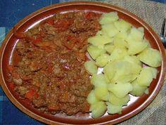Kuřecí játra v pikantní omáčce Ham, Mashed Potatoes, Oatmeal, Cooking Recipes, Chicken, Breakfast, Ethnic Recipes, Food, Whipped Potatoes