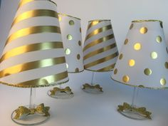 Puedes hacer unas bellas lamparas para decorar cualquier rincón de tu casa usando una copa de cristal y papel. Es una manualidad sencilla qu...