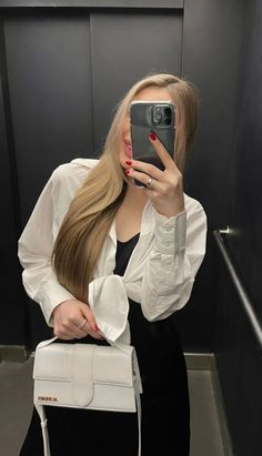 Style Russe, Look Fashion, Fashion Outfits, Cool Girl Pictures, Fake Pictures, Girly Images, Selfie Poses, Russian Fashion, Photo Instagram