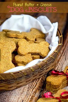The Midnight Baker: Peanut Butter & Cheese Dog Biscuits Puppy Treats, Diy Dog Treats, Homemade Dog Treats, Healthy Dog Treats, Dog Biscuit Recipes, Dog Treat Recipes, Dog Food Recipes, Bisquit Recipes, Food Dog