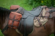 front saddlebags of natural leather, custom contemporary made for classic Armeesattel 89