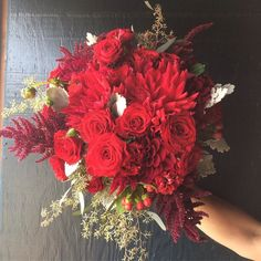 Cranberry kapow!! #redbouquet #redflowers