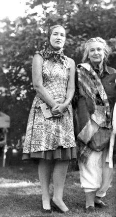 Edith Little Edie Bouvier BealeBig Edie