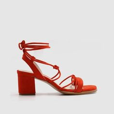 Find out the new espadrilles styles from Alohas Sandals, the footwear company. Back Strap, Your Shoes, Me Too Shoes, Perfect Fit, Orange, Early Bird, Strappy Sandals, Espadrilles, Footwear