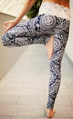 Vintage Abstract Printed Lace Spliced High Waist Leggings