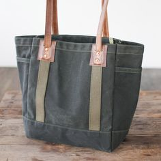 Carry Tote in Spruce & Brown - No. 115 Carry Tote - Spruce & Brown Waxed Canvas (Thumb)