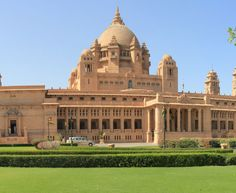 Incredible India: Umaid Bhawan Palace, Jodhpur Construction to Built By= Sawai Jai Singh It one of the world's largest private residences. Divided into 3 Parts. Hotels And Resorts, Best Hotels, Umaid Bhawan Palace, Lake Garden, Backpacking India, Royal Palace, Island Resort, Jodhpur, India Travel