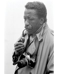 Birth of the Cool: 20 Black Style Pioneers: Style: GQ Gordon Parks Photographer, director, journalist Left: February 1968 Tina Modotti, Gordon Parks, Walker Evans, Robert Frank, Park Photography, African American History, American Women, Native American, Great Photographers