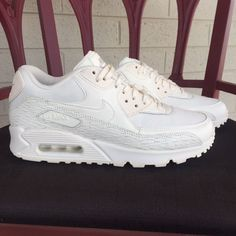 sports shoes b72c7 1305c Nike Air Max 90 Premium Leather Women s Classic Sail Trainers 904535-100 Sz  9.5   eBay