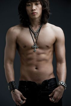 Korean pop megastar, Photo's like this should be illegal Arrest Rain for being Hot!