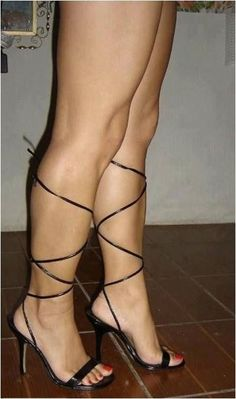 Zaffiro e Acciaio (Posts tagged sexy shoes)
