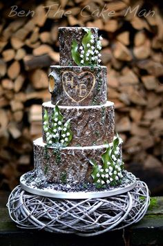 Country Wedding Cakes 50 Inexpensive Winter Wedding Cake Ideas - Winter weddings might be gorgeous events. It is possible to make the most of the season along with the weather […] Nordic Wedding, Pagan Wedding, Viking Wedding, Wedding Cake Rustic, Camo Wedding, Rustic Cake, Trendy Wedding, Winter Wedding Cakes, Winter Weddings