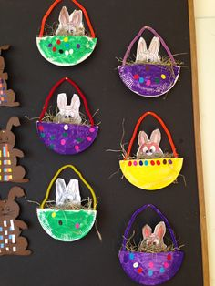 Pasen Spring Projects, Easter Projects, Spring Crafts, Projects For Kids, Easter Egg Crafts, Easter Art, Easter Eggs, Easter Activities, Craft Activities