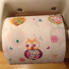 Owl printed toilet paper! This is the cutest thing ever! Scott's used to have blue and green and pink colored toilet paper that I would occasionally purchase for fun, but this is just taking it to another level! I'd love to decorate my bathroom and have this sitting on the counter as decor! I'm so in love with this right now!
