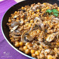 Soja texturizada con garbanzos Tasty Vegetarian Recipes, Veggie Recipes, Healthy Recipes, Ayurvedic Diet, Vegan Life, Paella, Food And Drink, Vegetables, Cooking