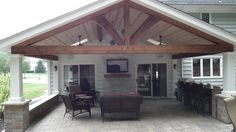 covered patio full view - wood beams