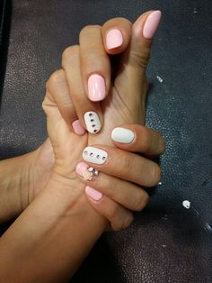 Pink & White mix match colored nails with Pink stones & Flower jewel stone.