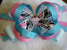 Perfect bow for a summer birthday!