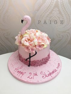 Girly Birthday Cakes, Girly Cakes, Fancy Cakes, Woman Birthday Cakes, Birthday Cake For Women Simple, Women Birthday, Cupcake Decoration, Flamingo Cake, Flamingo Birthday