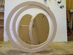 Koko's jig for making a stave drum without a lathe Diy Router, Router Jig, Drum Instrument, Music Instruments, Woodworking Shop, Woodworking Projects, Chest Routine, Diy Drums, Drum Pad