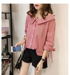 Blouses for women – Lady Dress Designs Cute Blouses, Blouses For Women, Girls Fashion Clothes, Fashion Outfits, Stylish Dress Designs, Couture Tops, Trendy Tops, Korean Fashion, Shorts