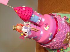 Princess Castle Cake #princess #girly