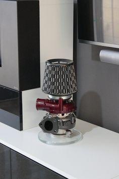 Fernando Guerra Studio - Lámpara turbo. Creada con un turbo de geometría variable GARRETT y un filtro de admisión directa.