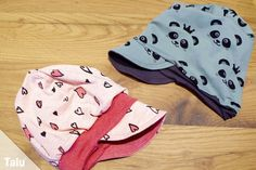 Sewing children's hat for winter - Instructions with / without cuffs - Talu.de In this free tutorial, Talu shows you how to sew a children's hat – with or without a cuff. Sewing For Kids, Baby Sewing, Baby Winter, Winter Hats, Kids Hands, Baby Crafts, Felt Crafts, Baby Car Seats, Sewing Patterns