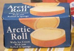 Ice cream dessert with jam and sponge. Recipe for arctic roll. Vintage Sweets, Retro Sweets, Vintage Toys, Vintage Stuff, 1980s Childhood, My Childhood Memories, Sweet Memories, Arctic Roll, Jam Roll