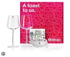 bol.com | Iittala A Toast To Us Wijnglazen Geschenkset – 4-delig | Koken en tafelen...  Af en toe een #roodwijntje