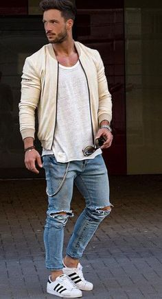 Read on to know about the 3 very cool ways to sport your Bomber Jacket.
