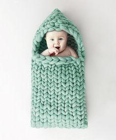 Sac bébé en grosse laine chunky vert clair! !