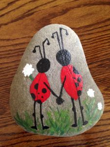 Beauty and cute rock painting ideas (45)