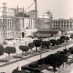 Vintage Cuba, Cuban Culture, Colonial Architecture, Salsa Dancing, Havana Cuba, What Is Like, Louvre, Street View, Roman Empire