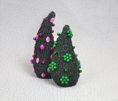 Yarn Christmas tree Handmade Green bells and beads by Florfanka