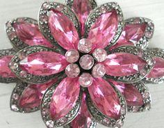 vintage pink brooch :)