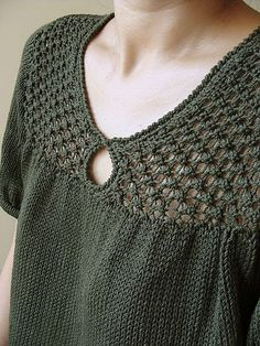 Hey Hey, My My a sweater by Reiko Kuwamura (knitted with contiguous method)  http://www.ravelry.com/patterns/library/hey-hey-my-my  --- Hey Hey, My My di Reiko Kuwamura costruita con il contiguous method. Il patter su Ravelry  http://www.ravelry.com/patterns/library/hey-hey-my-my