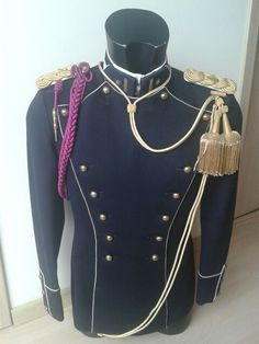 "Blue dress ""gala"" uniform, Belgian army model 1930ies until present. Major of the 4th Lancers Regiment."