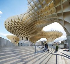 The Metropol Parasol by J. MAYER H. Architects & Arup. Sevilla. +3000 free-formed timber elements. Polyurethane-coated laminated veneer lumber Kerto-Q panels.
