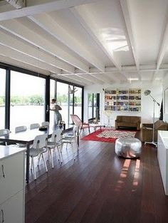 houseboat netherlands interior