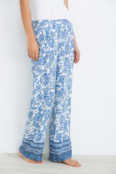 Women´secret - Pantalón ancho con estampado de flores Spring Outfits, 50th, Pajamas, Pajama Pants, Seasons, Summer, Palazzo, Shopping, Clothes
