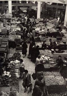 The big vegetable market in Tel Aviv of the 1930's